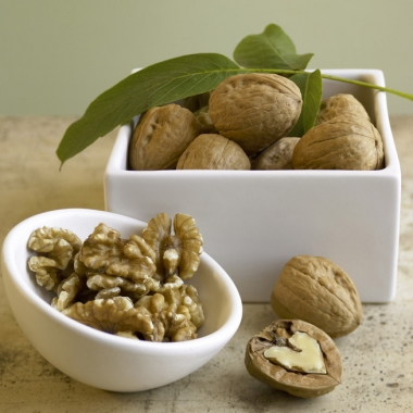 Whole walunts and walnut oil can help reduce the risk of heart disease, a study found. (California Walnut Commission)
