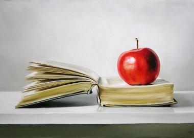 Teacher's apple on a book (www.chrissstott.com)