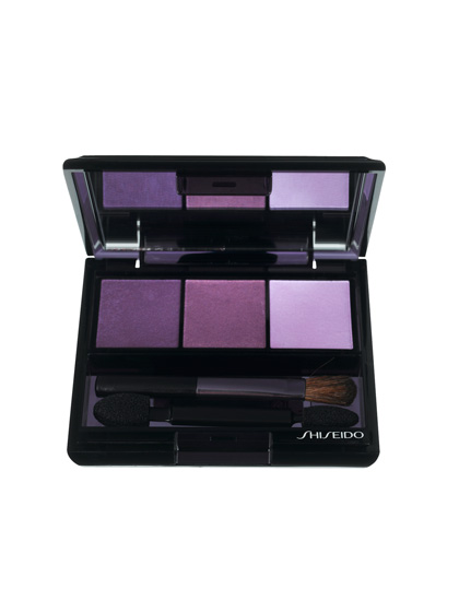 Green eyes will glisten in Shiseido's Luminizing Satin Color Trio in VI 308