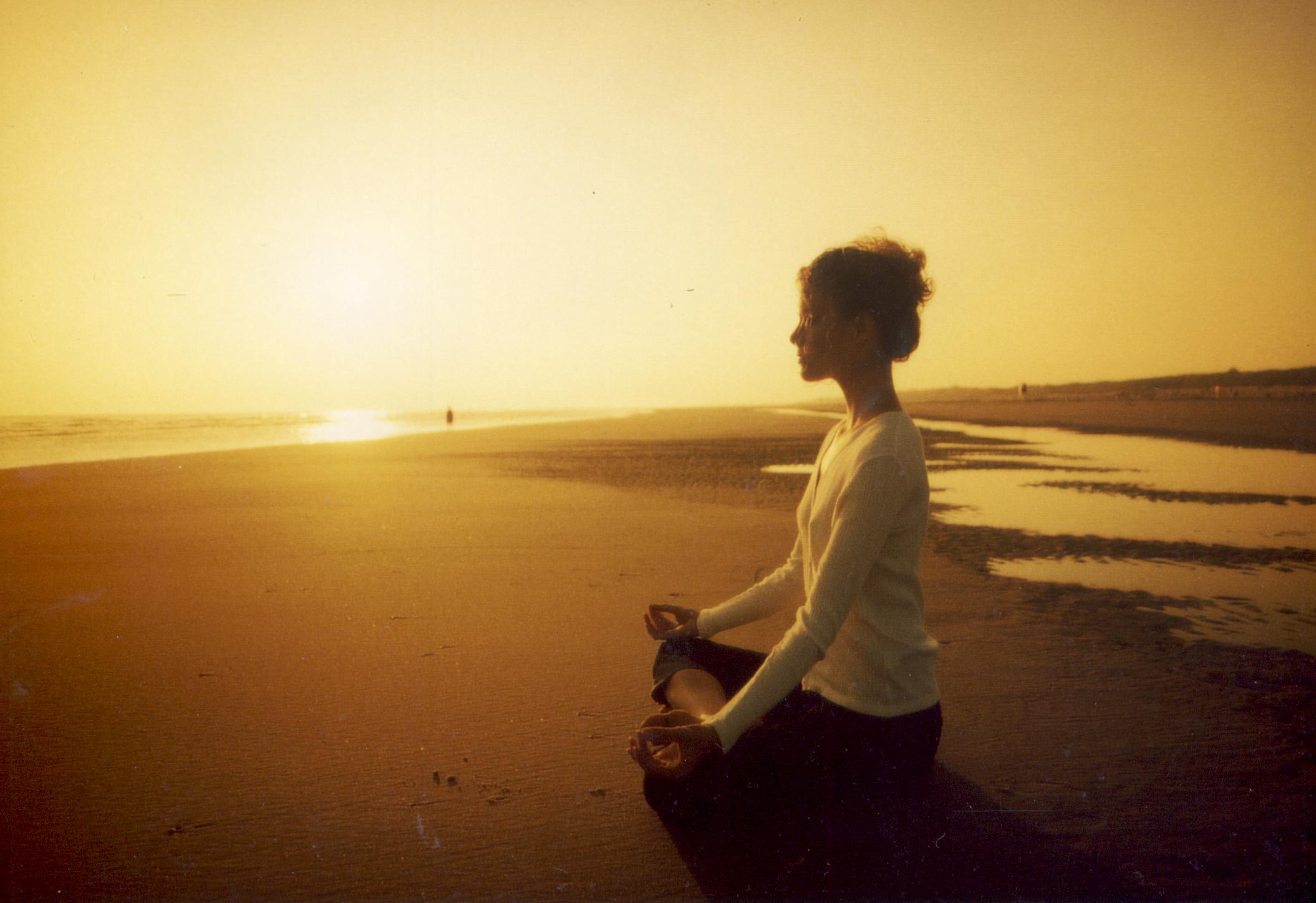 Meditation brings bodily systems back into balance. (Photo: meditateawake.com)