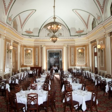 B. Smith's Union Station main dining room. (Photo: B. Smith's Restaurants)