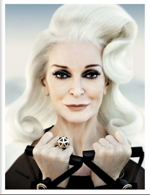 The incomparable Carmen (Photo: Greg Lotus/Vogue Italia)