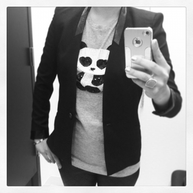 Panda love. (Ko Im/DC on Heels via instagram.com/konakafe)