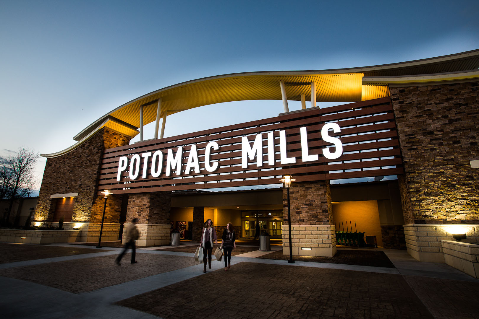 Potomac Mills is Virginia's largest outlet mall, located minutes from the heart of Washington D.C. Potomac Mills features an indoor shopping experience with over stores, including Bloomingdale's-The Outlet Store, Neiman Marcus Last Call, Saks Fifth Avenue OFF 5TH, Nordstrom Rack, Kate Spade New York, The North Face, and Nike Factory Store.7/10().