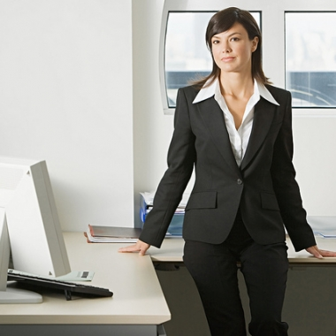 Business casual attire is good for a job fair. (Photo: victor1558/Flickr)