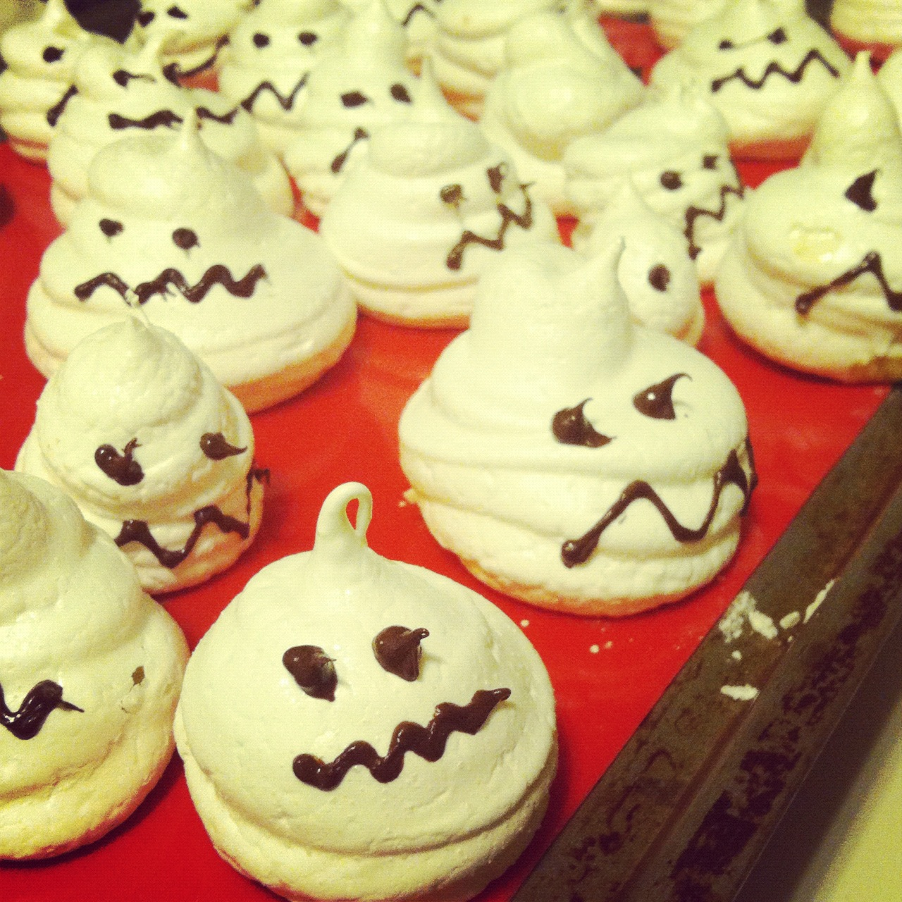 Scary, delicious meringue ghosts. (Photo: Kristy McCarron/DC on Heels)