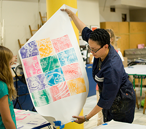 Pam Lawton demonstrates printmaking. (Photo: Corcoran Gallery of Art)