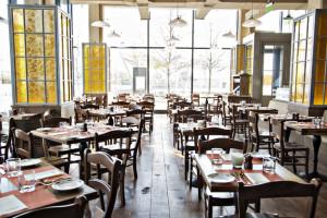 The dining room at Osteria Morini. (Photo: Scott Suchman/Osteria Morini )
