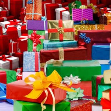 Pile of Christmas presents. (Photo: Pikimail)