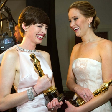 Oscar winners Anne Hathaway and Jennifer Lawrence (Photo: Alt Film Guide)