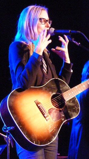 Aimee Mann performing at the Birchmere (Photo: the Birchmere)