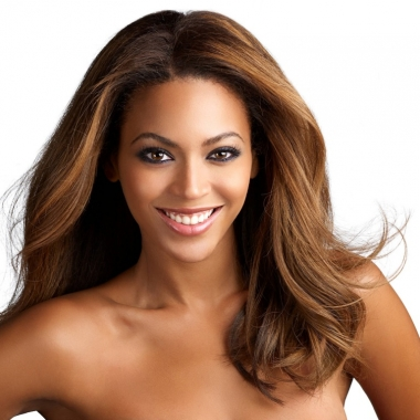 Singer Beyonce wrote an article for The Shriver Report's book A Women's Nation Pushes Back from the Brink. (Photo: Beyonce)