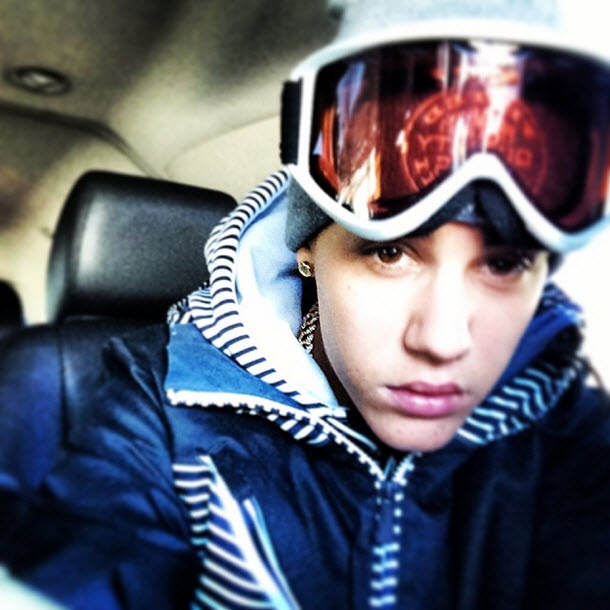 Justin Bieber posted this photo of him on the slopes in Aspen on his Instagram account. (Photo: Justin Bieber/Instagram)
