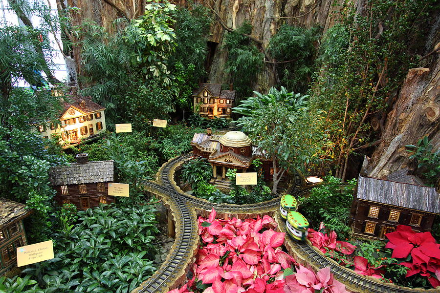 The model railroad displace at the U.S. Botanic Garden. (Photo: dcphotograhper)