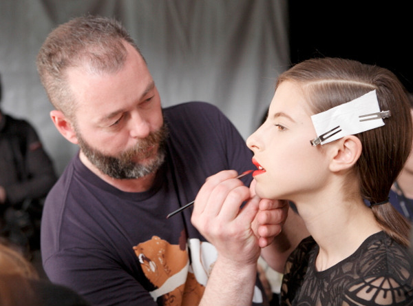 Makeup maestro Dick Page at work. (Photo: Shiseido)