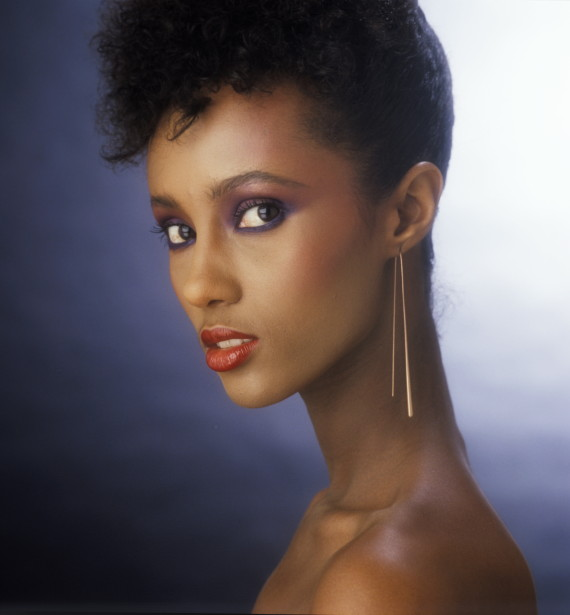 Iman's famously long, beautiful neck (Photo: Patrick Lichfield/Getty Images)