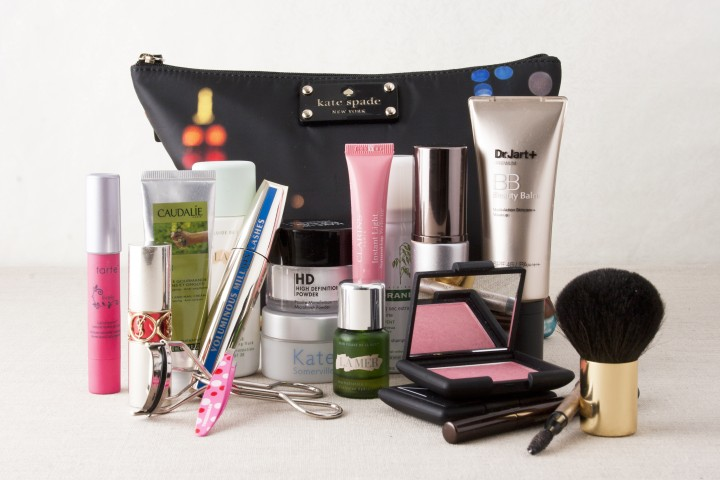 Happiness is a chic, well-organized cosmetics bag (Photo: Melissa Liebling-Goldberg)