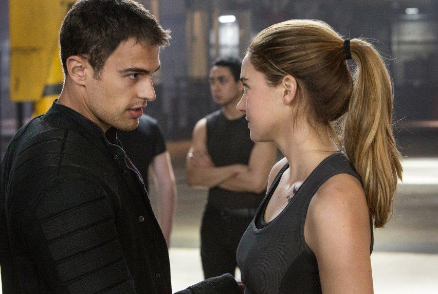 Theo James (left) and Shailene Woodley <em>Divergent. (Photo: Jaap Buitendijk/Summit Entertainment)