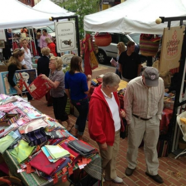 Visitors stroll last year's Georgetown French Market. (Photo: Georgetown BID)