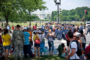 Soldiers march past the White House in the 2013 National Memorial Day Parade. (Photo: American Veterans Center)