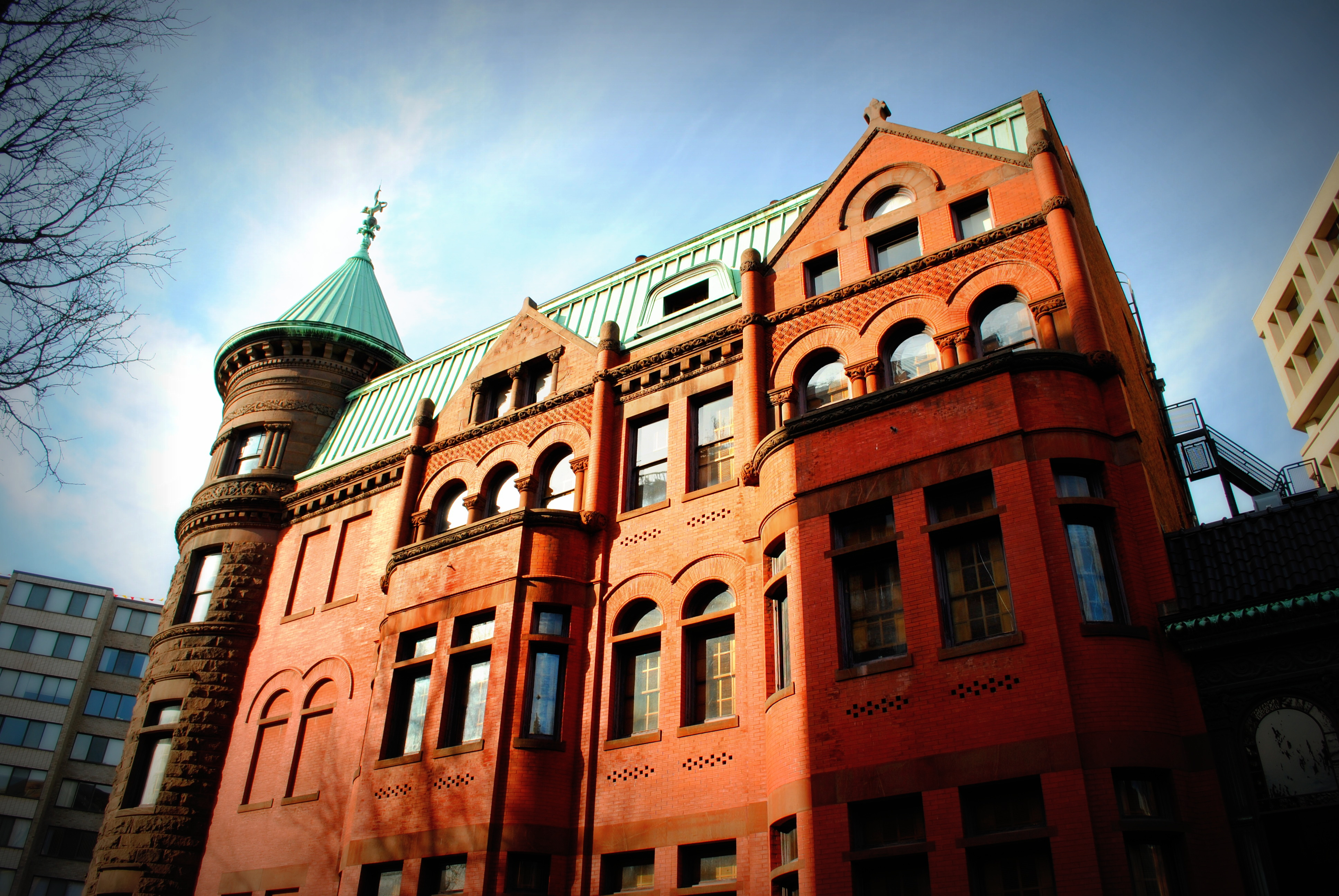 The Heurich House Museum hosts monthly events combining beer sampling with tours of the brew master mansion. (Photo: National Trust for Historic Preservation)