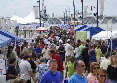 Visitors to the National Harbor Wine & Food Festival on the piers in 2013. (Photo: Trigger Agency)