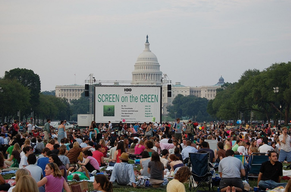 Cuddle up with your S.O. at a local outdoor movie screening like HBO's Screen on the Green. (Photo: skgstyle/Flickr)