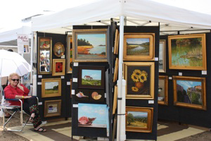 An art booth at a previous Annapolis Arts, Crafts and Wine Festival. (Photo: Annapolis Arts, Crafts & Wine Festival)