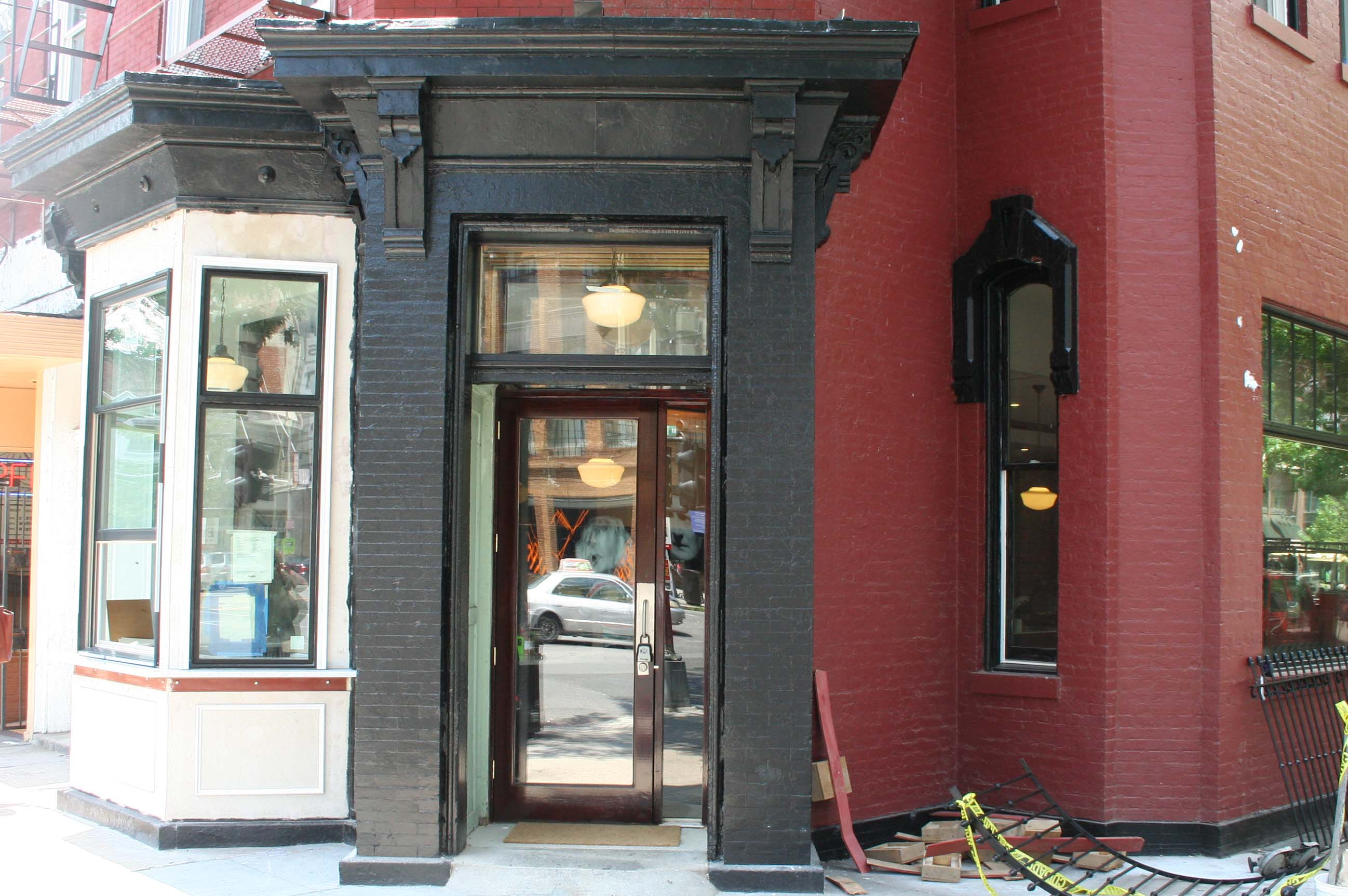 Dolcezza's newest location at 14th & P streets NW opened at 8 a.m. today. It features a