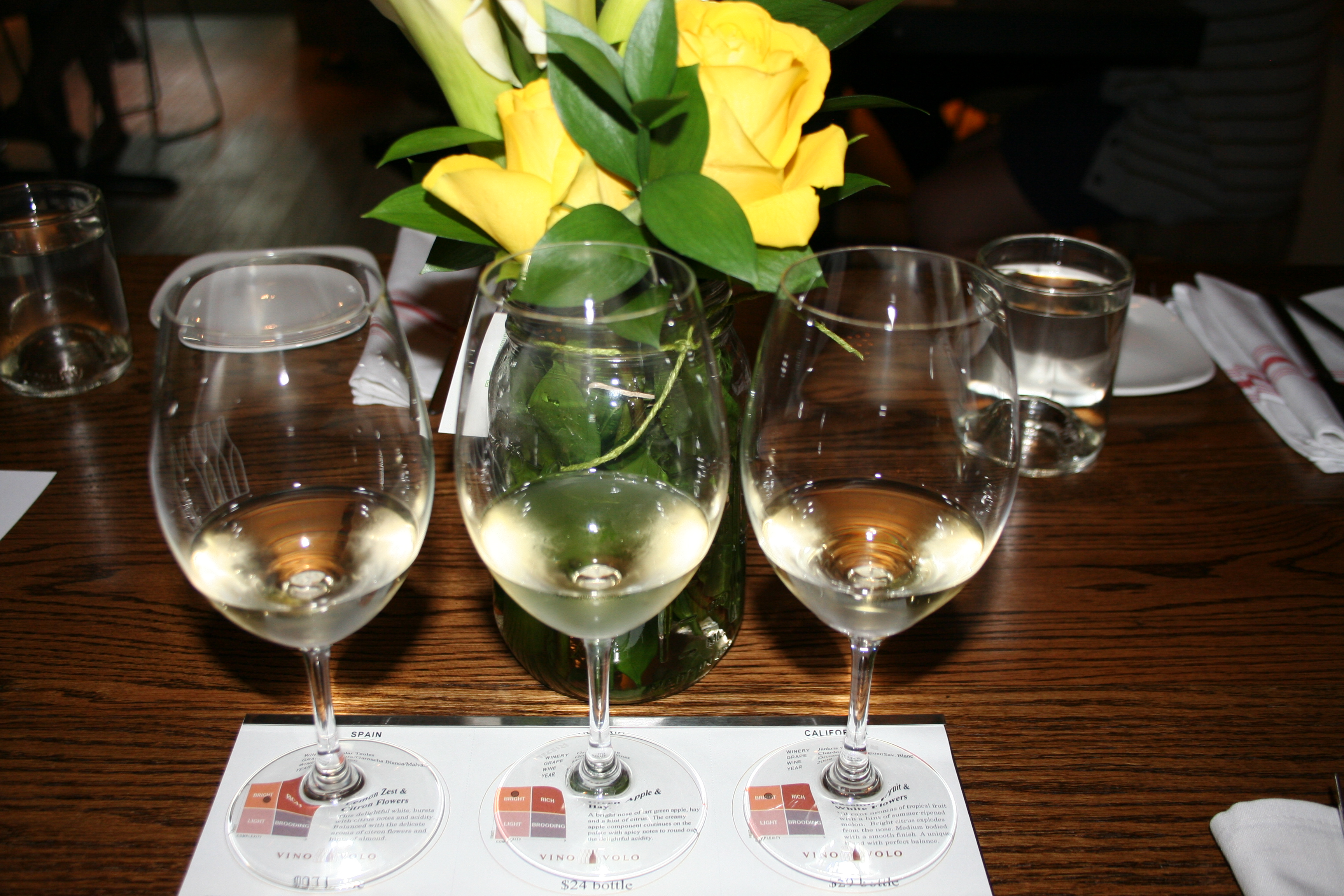 The White Hot Summer Flight of white wines at Vino Volo. (Photo: Mark Heckathorn/DC on Heels)