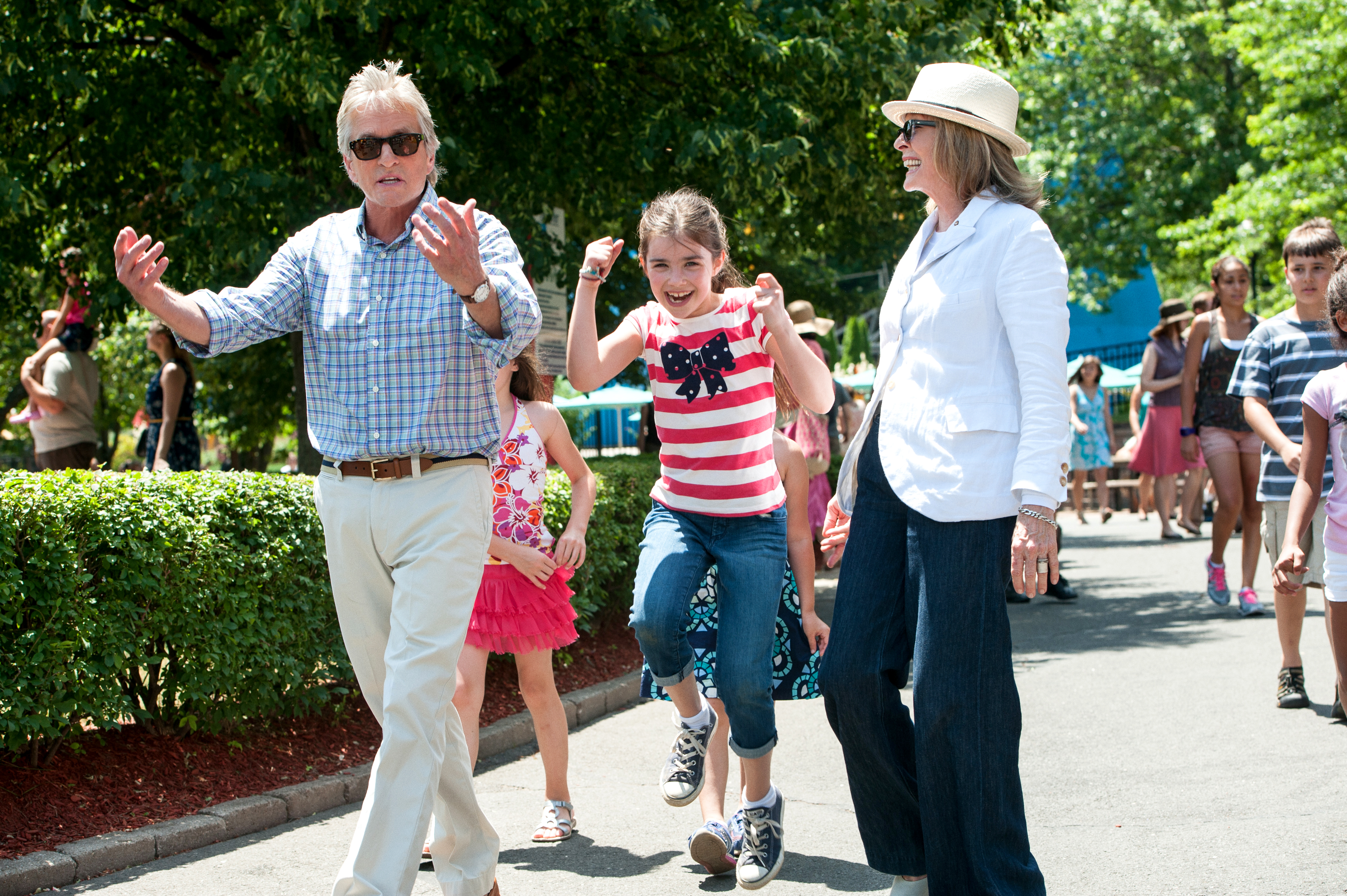 """Michael Douglas, Sterling Jerins and Diane Keaton (l to r) enjoy an afternoon at an amusement park """"And So It Goes."""" (Photo: Clay Enos/Clarius Entertainment)"""