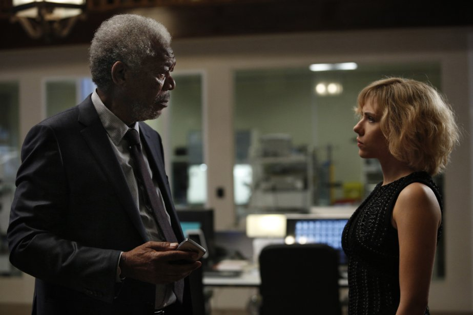 "Morgan Freeman and Scarlett Johansson in ""Lucy"" (Photo: Jessica Forde/Universal Pictures)"