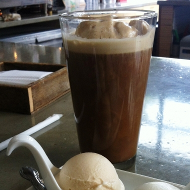 Coffee float and gelato sampler from Dolcezza. (Photo: Lanna Nguyen/DC on Heels)