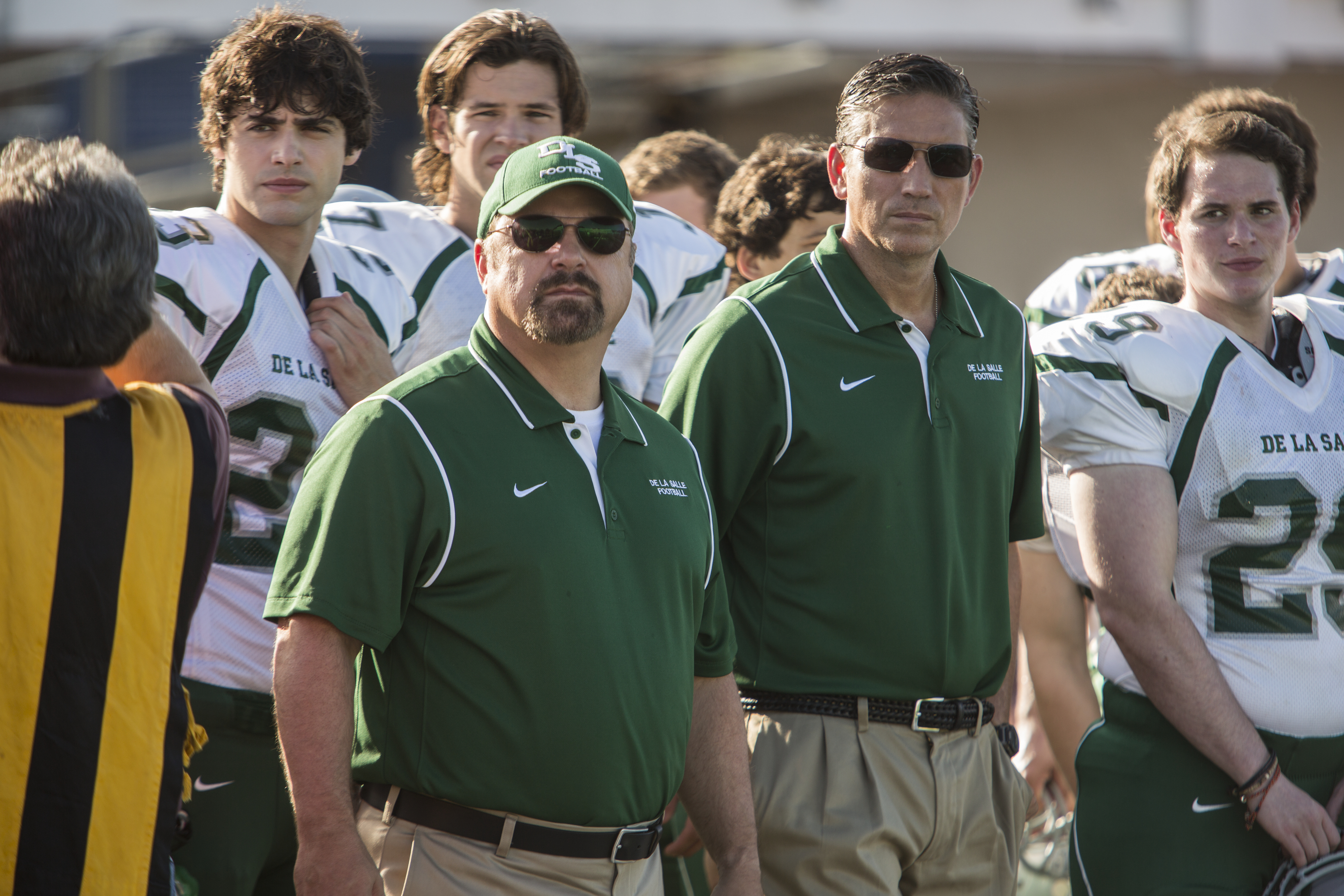"""Michael Chiklis (center-left) and Jim Caviezel (center-right) """"When the Game Stands Tall."""" (Photo: Sony Pictures)"""