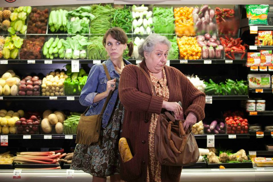 "Jenna Sokolowski (left) and Jayne Houdyshell star in ""The Shoplifters"" at Arena State. (Photo: Arena Stage)"