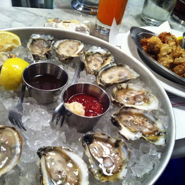 It's oyster season. (Photo: Lanna Nguyen/DC on Heels)