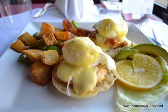 Del Campo's Wagyu steak and eggs Benedict is included in the bottomless brunch. (Photo: Johnna Knows Good Food)