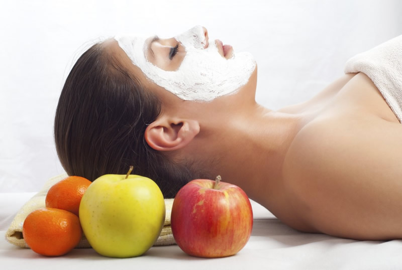 Try a DIY apple skin treatment (Photo: Wikihow.com)