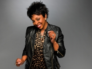 Gladys Knight performs at the Howard Theatre. (Photo: Gladys Knight)