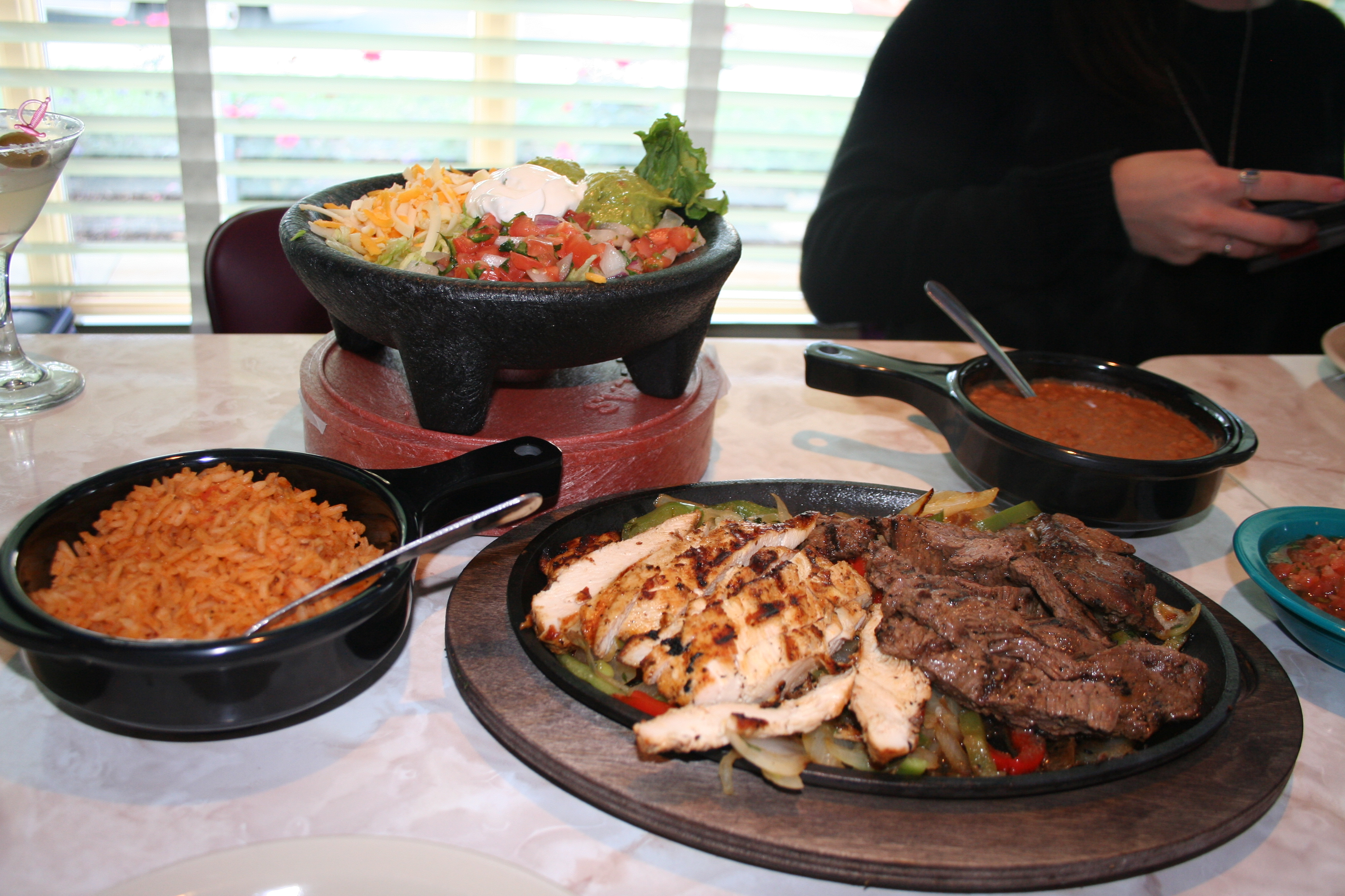 Beef and chicken fajitas with all the fixins. (Photo: Mark Heckathorn/DC on Heels)