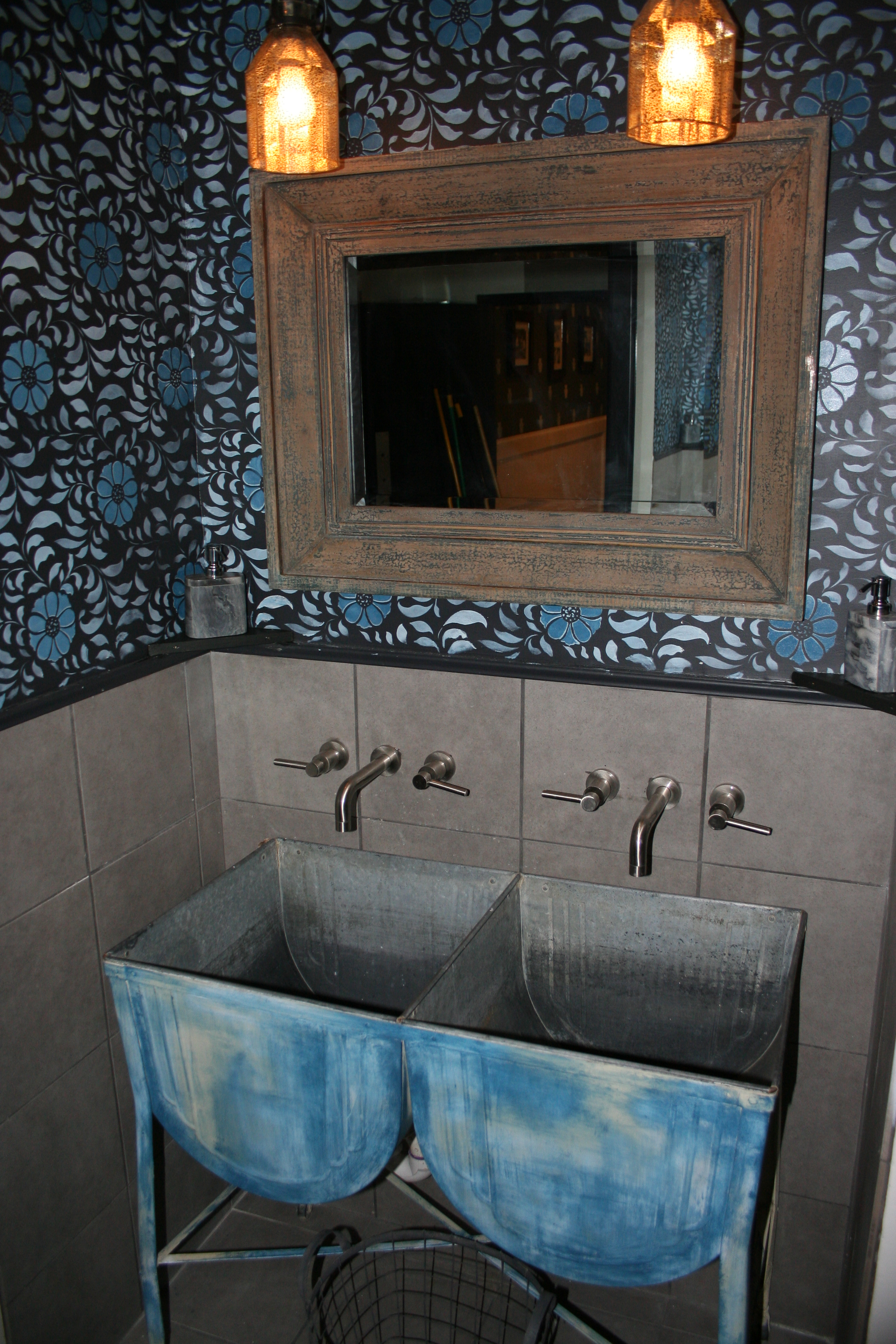 The unisex sinks made out of old washtubs from Pennsylvania. (Photo: Mark Heckathorn/DC on Heels)