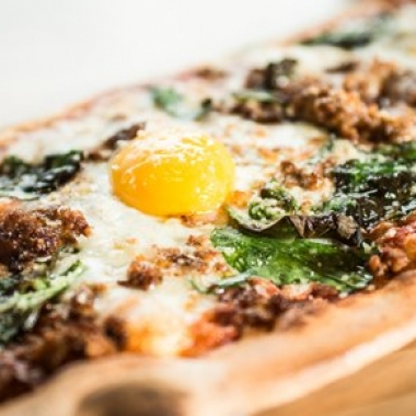 Farmer's Daughter pizza at & Pizza (Photo: Bozzuto)