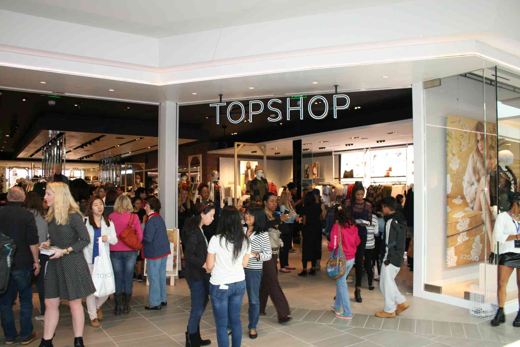Britain's Topshop opened its first DMV store at the new mall. (Photo: Mark Heckathorn/DC on Heels)