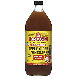 Use only unpasteurized, unfiltered ACV for best results. (Photo: Bragg)