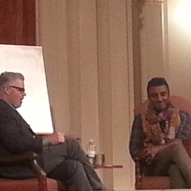 Marcus Samuelsson (right) talks with Washington Post food editor Joe Yonin at the Sixth and I Historic Synagogue. (Photo: Mark Heckathorn/DC on Heels)