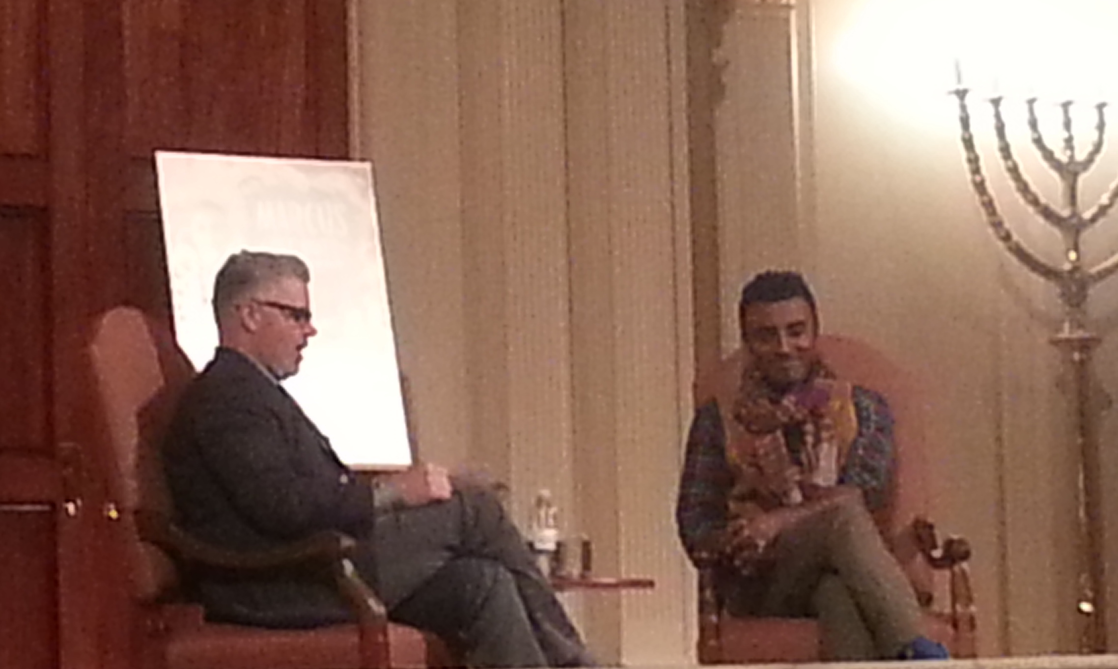 Marcus Samuelsson (right) talks with Washington Post food editor Joe Yonan at the Sixth and I Historic Synagogue. (Photo: Mark Heckathorn/DC on Heels)