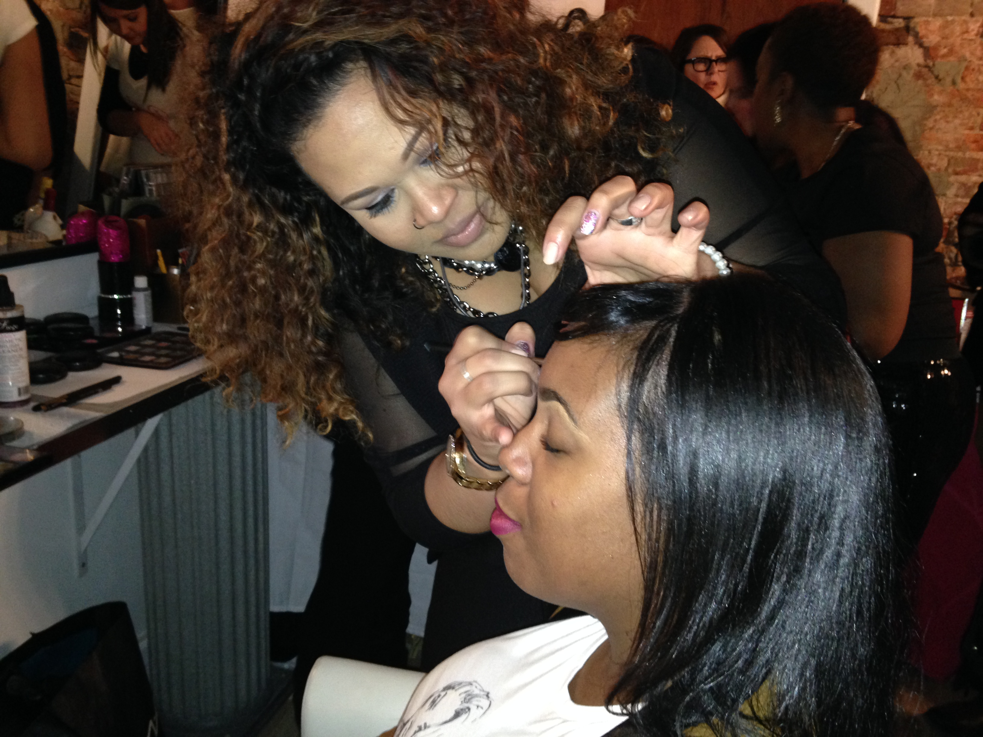 Guests enjoyed expert makeup application at the Red Sprinkle Pop Up Beauty Lounge (Photo: Lia Phipps/DC on Heels)