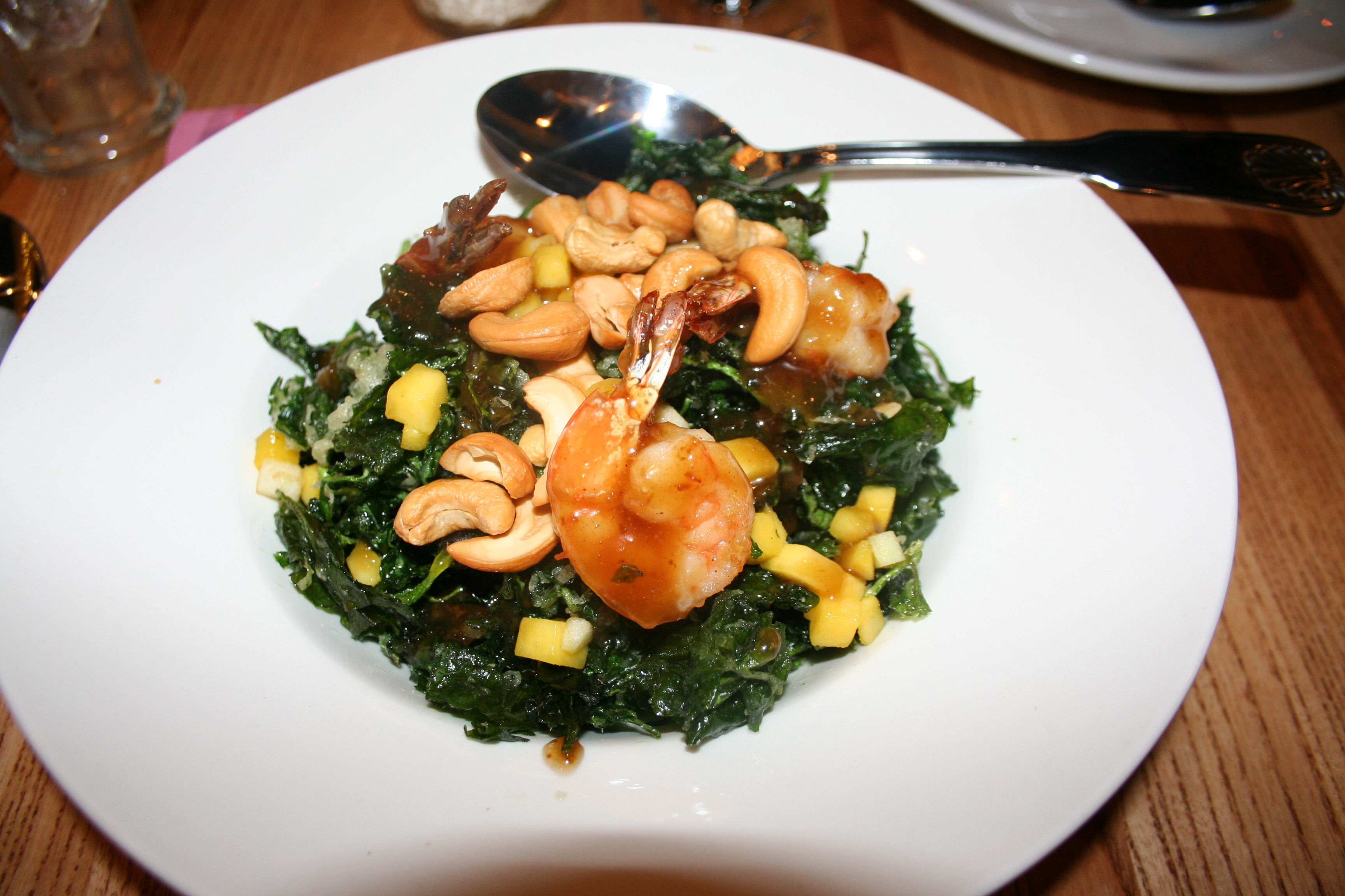 Pak nam crispy watercress salad with shrimp, cashews and mango. (Photo: Mark Heckathorn/DC on Heels)