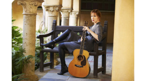 Suzanne Vega will perform at the Sixth & I Historic Synagogue on Sunday. (Photo: Suzanne Vega)