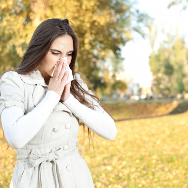 Ragweed, mold spores, dust mites and other bugs can cause fall allergies. (Photo: N.J. Allergy Doctors)